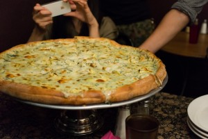 that-food-cray-new-york-artichoke-pizza-3