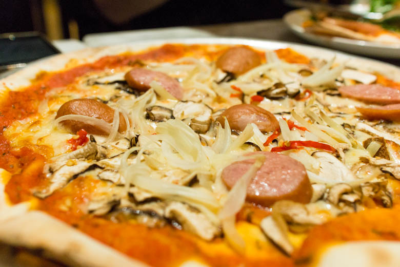 that food cray hong kong piccolo pizza 14 Hong Kong Cray !!! Piccolo Pizzeria & Bar