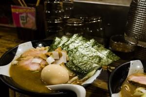 that-food-cray-tokyo-nagi-shinjuku-golden-gai-ramen-12