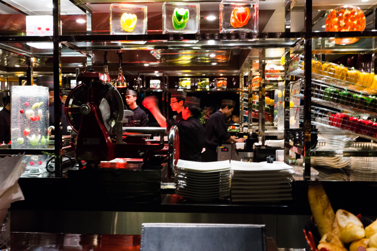 l 39 atelier de joel robuchon review 3 michelin star