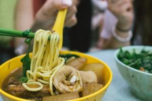 that-food-cray-hong-kong-wing-kee-cart-noodles-5