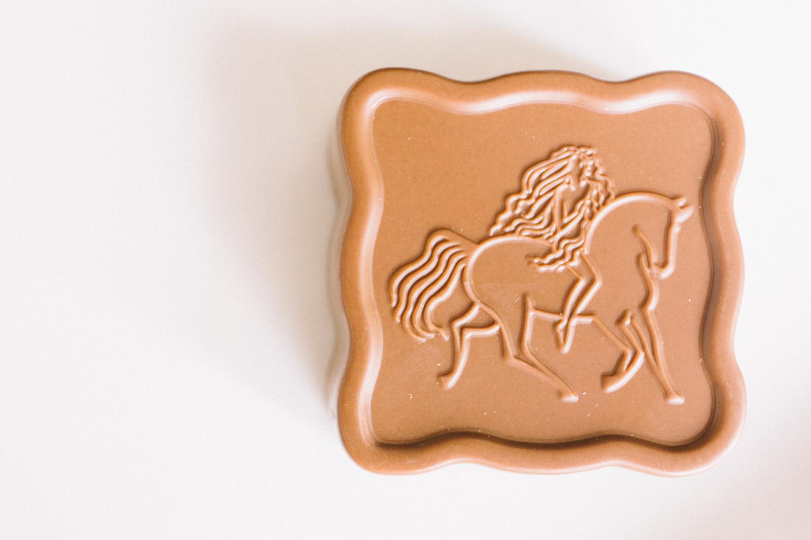 that-food-cray-godiva-chocolate-2013-mid-autumn-festival-mooncakes-35