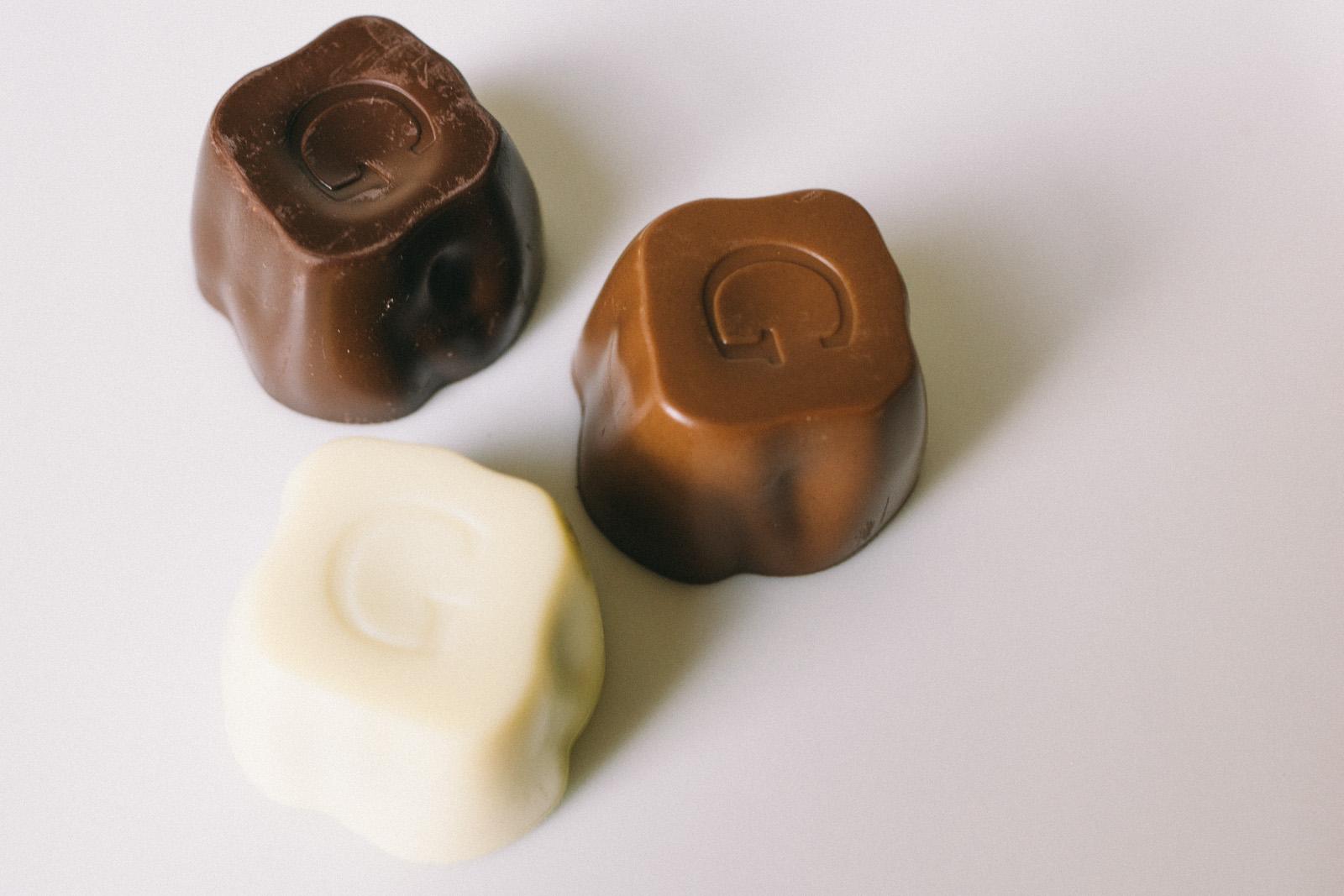 that-food-cray-godiva-chocolate-2013-mid-autumn-festival-mooncakes-40
