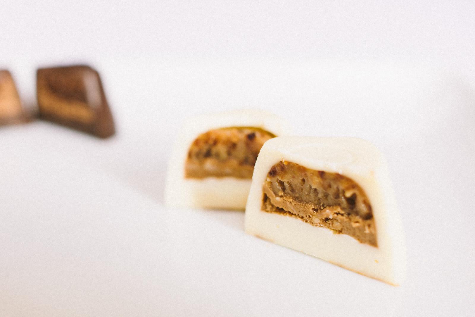 that-food-cray-godiva-chocolate-2013-mid-autumn-festival-mooncakes-43