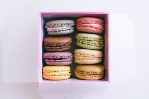 laduree-palais-galliera-cray-blackcurrant-violet-pure-origin-columbia-macarons-2