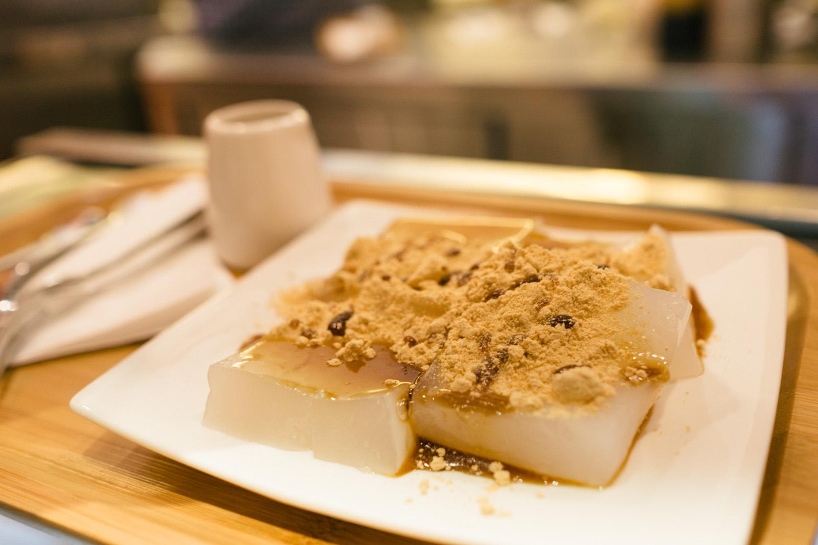 Via tokyo dessert cafe review japanese matcha soft serve for Asian cuisine desserts
