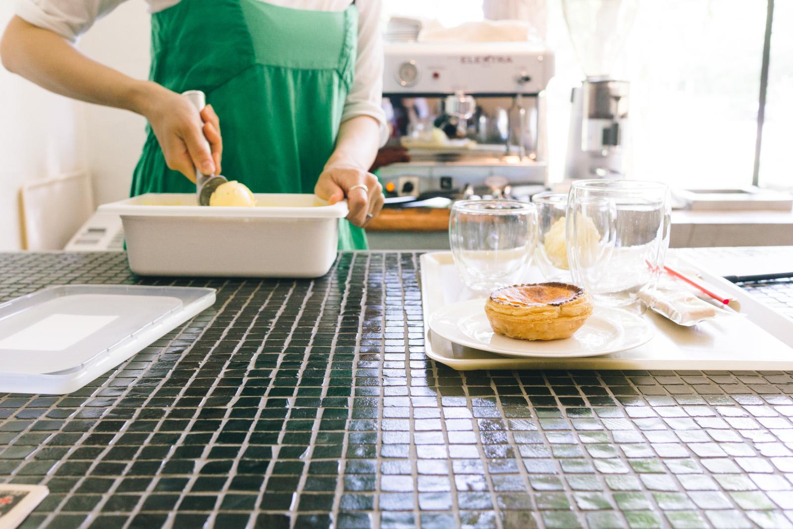 that-food-cray-osaka-japan-vade-vecvm-cafe-coffee-shop-7