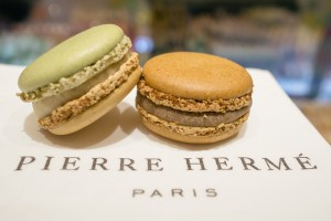 pierre-herme-patisserie-harbour-city-hong-kong-02