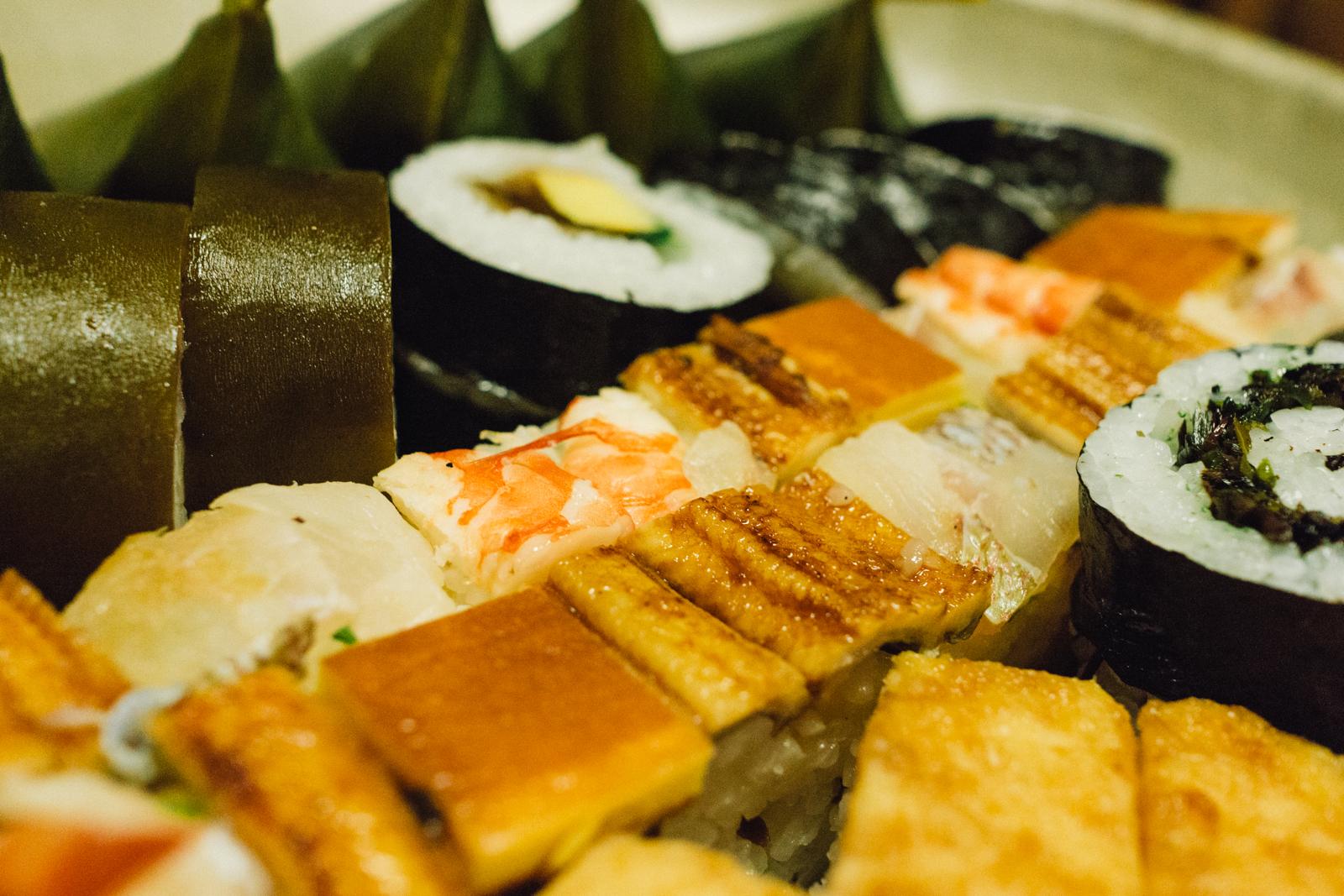that-food-cray-gion-kyoto-japan-izuju-sushi-11