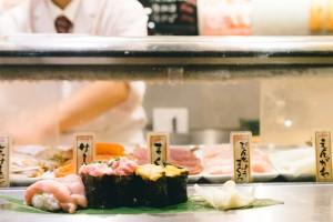 that-food-cray-tokyo-japan-standing-sushi-shibuya-restaurant-1