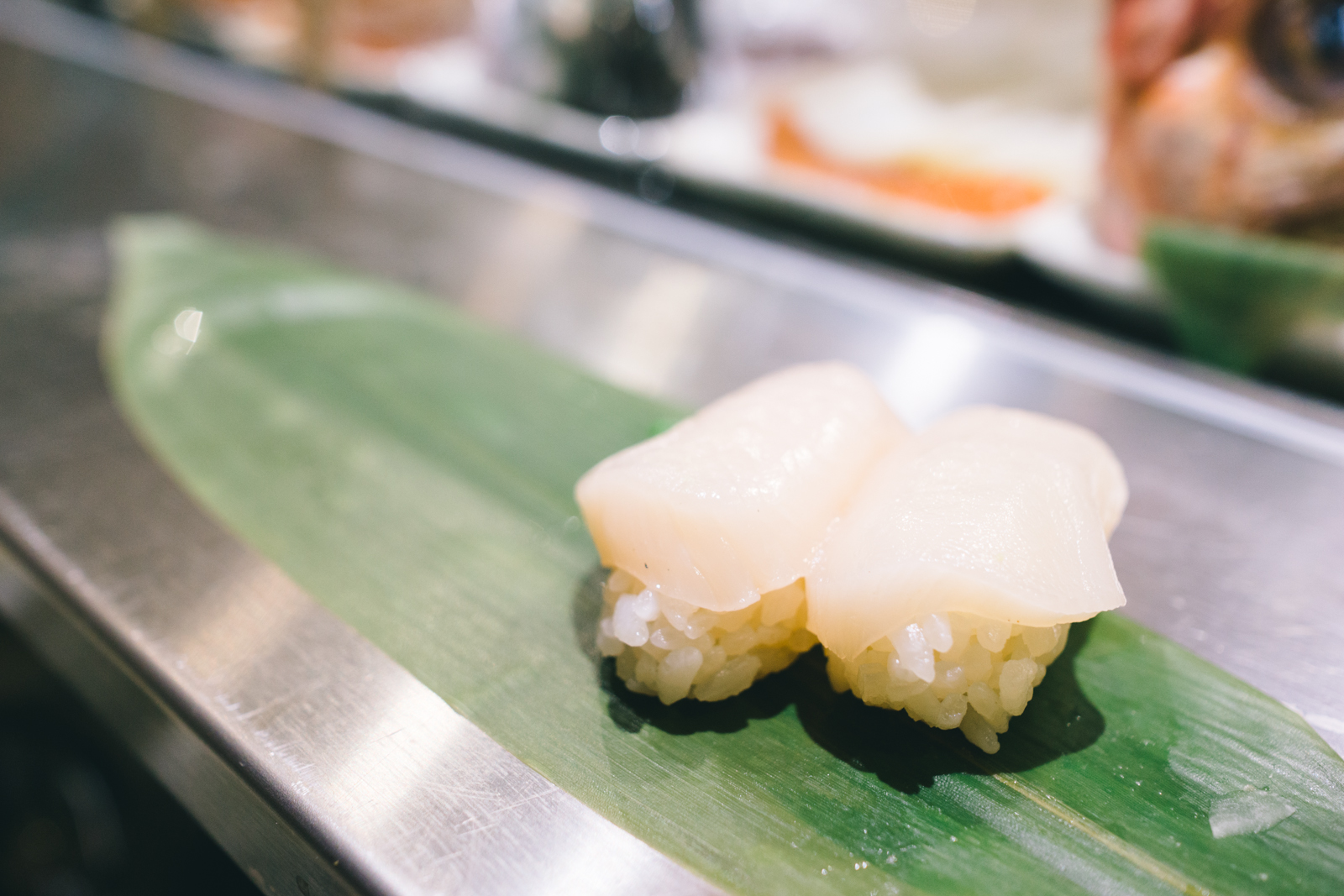 that-food-cray-tokyo-japan-standing-sushi-shibuya-restaurant-10