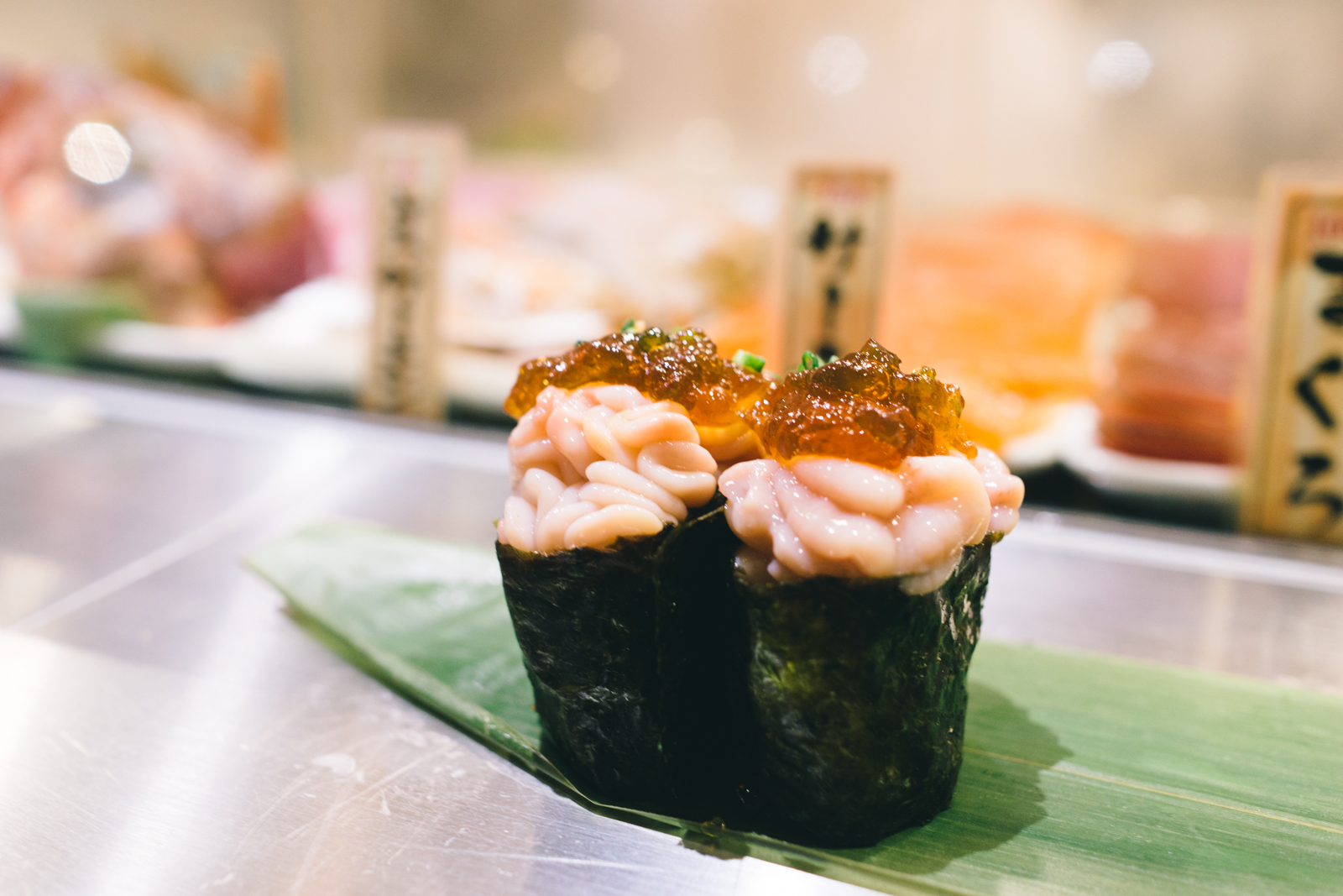that-food-cray-tokyo-japan-standing-sushi-shibuya-restaurant-14