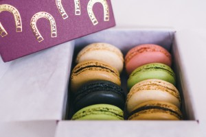that-food-cray-laduree-hong-kong-chinese-new-year-horse-02