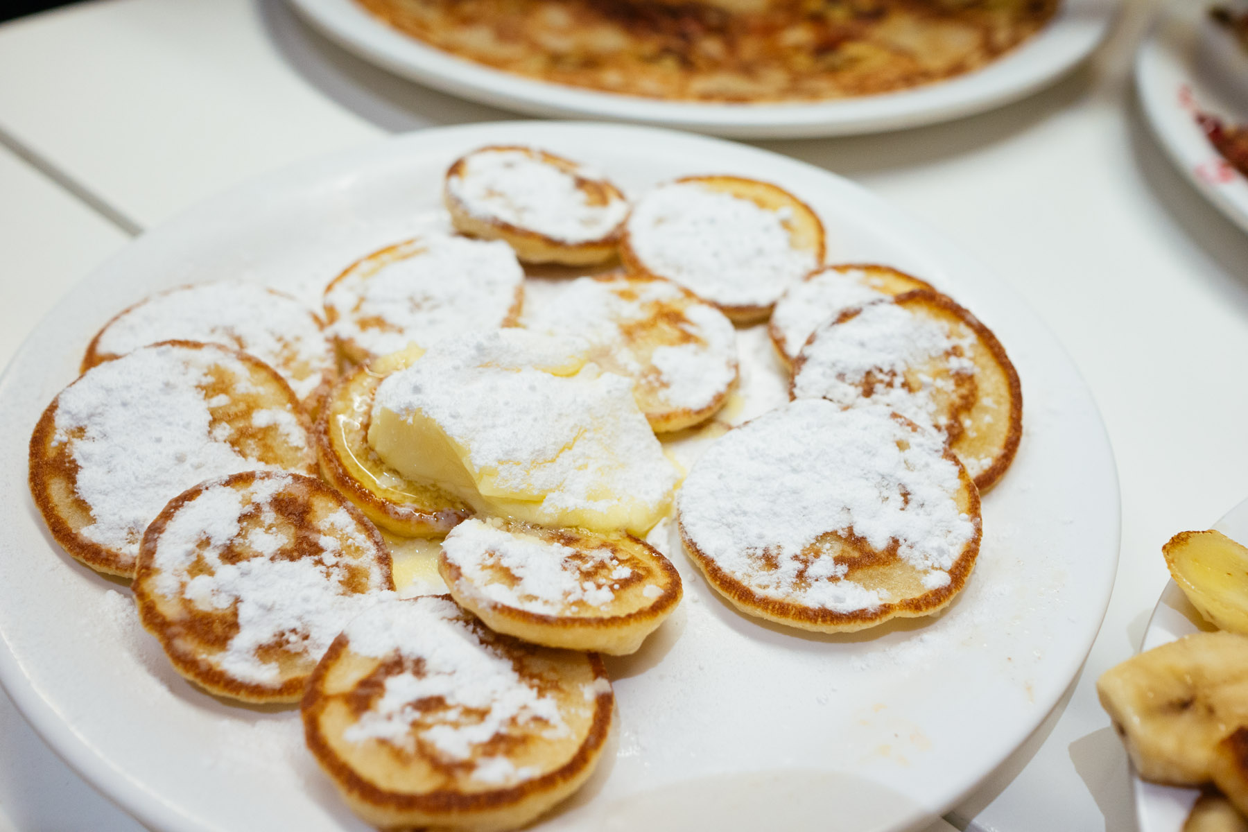 Pancakes review poffertjes pannenkoek and pancakes in - Dutch cuisine in amsterdam ...