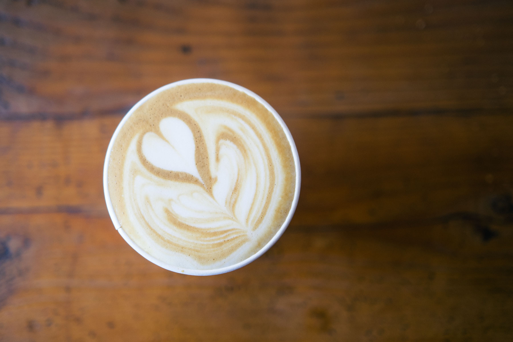 los-angeles-cray-coffee-spots-you-need-to-know-about-andante-line-cafe-deus-graffiti-sublime-intelligentsia-stumptown-2