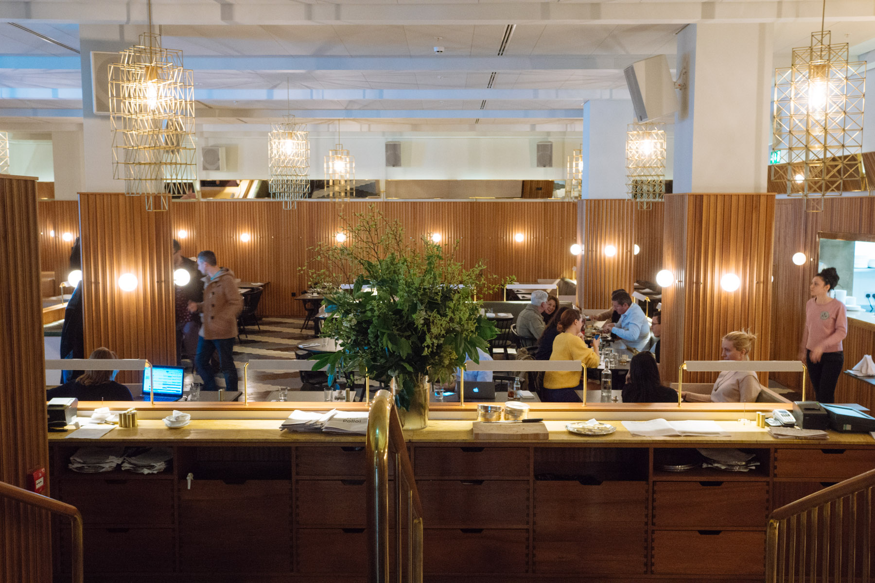 Where to stay in london the ace hotel london in for Ace hotel chicago design