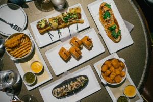 PDT-please-dont-tell-crif-dogs-Mo-Bar-landmark-oriental-hong-kong-yardbird-amber-ho-lee-fook-bo-innovation-0