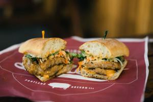 portland-oregon-restaurants-food-cart-foodtruck-ham-lardo-sandwiches-3
