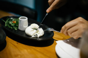 bottega-mozzarella-bar-xintiandi-shanghai-china-artisan-handmade-cheese-milk-pizza-solo-latte-kyeong-joo-lee-6