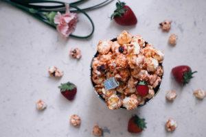 that-popcorn-cray-garrett-popcorns-simply-strawberry-mothers-day-1