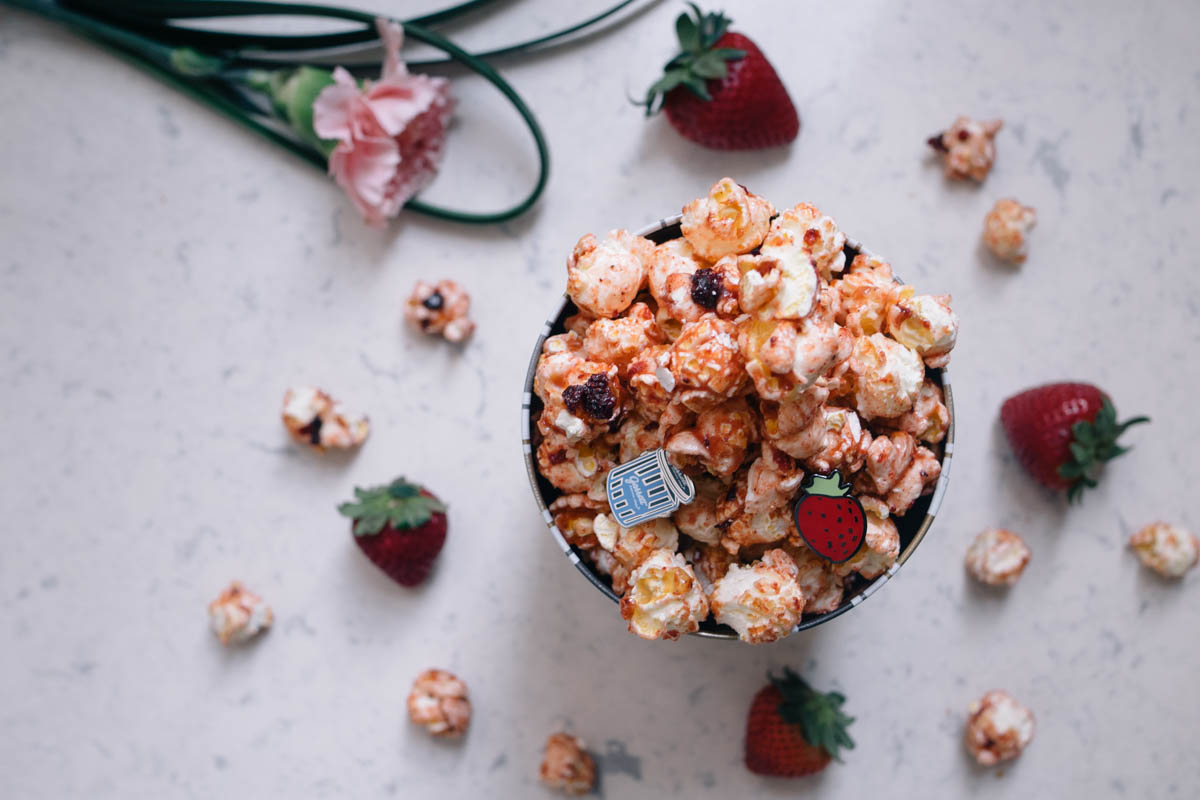 that-popcorn-cray-garrett-popcorns-simply-strawberry-mothers-day-1