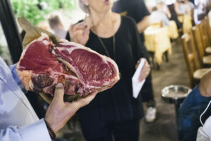 florence-cray-steak-florentine-at-trattoria-pandemonio-in-firenze-italy-5-bistecca-alla-fiorentina