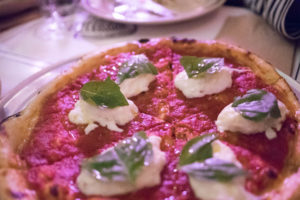 la-cray-best-pizza-and-pasta-at-jon-vinnys-4-la-woman-pizza-burrata